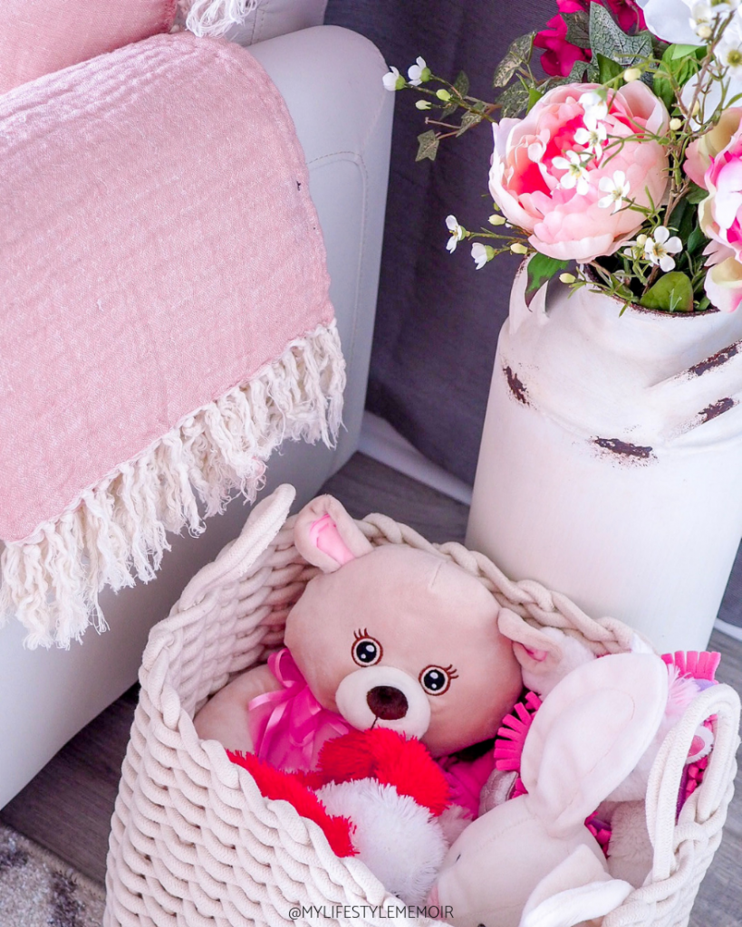 This nursery reveal is the perfect balance of a modern farmhouse style. It is super cozy, warm and the right touches of pink. #nursery #babygirl #baby #nurseryreveal